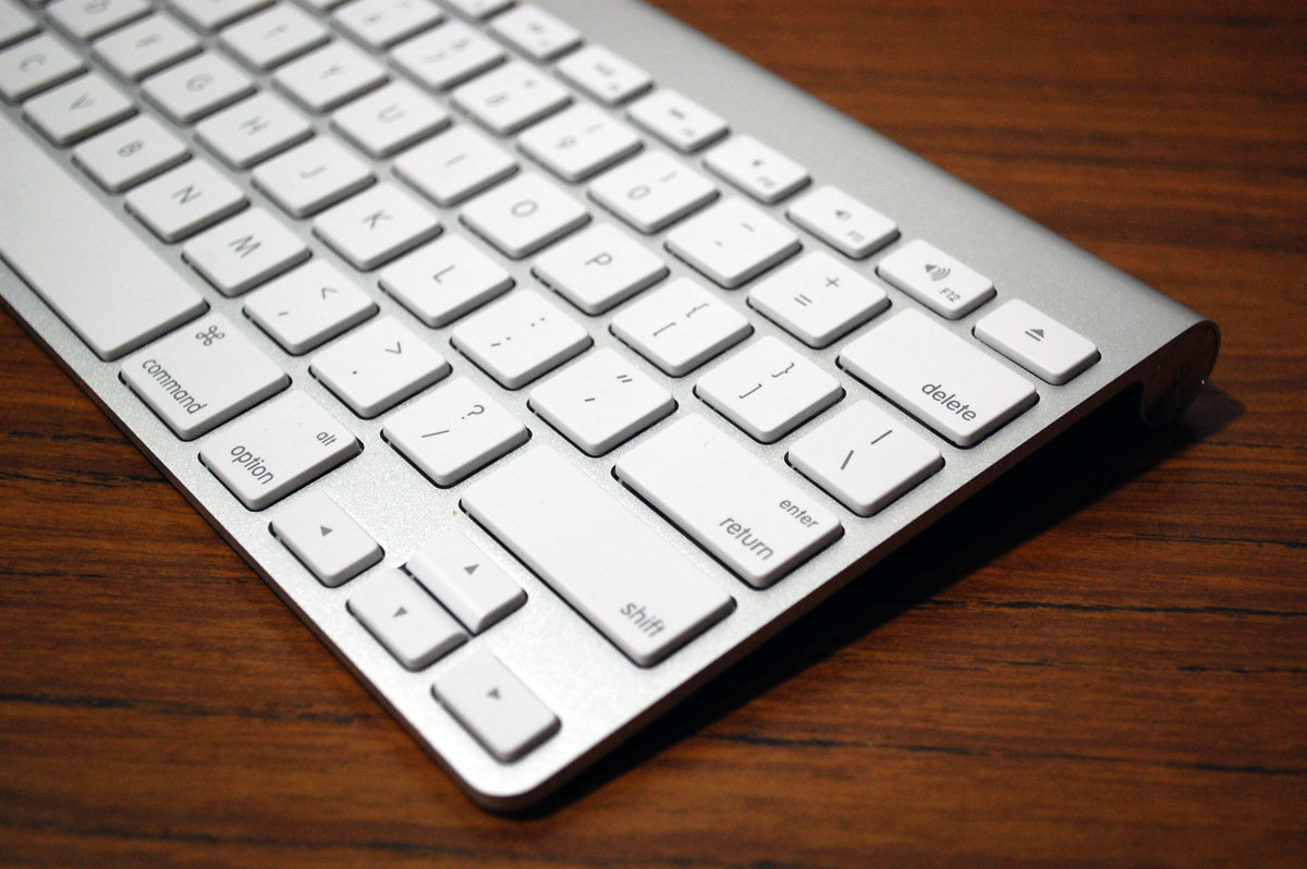 6070f69e_apple-keyboard-1